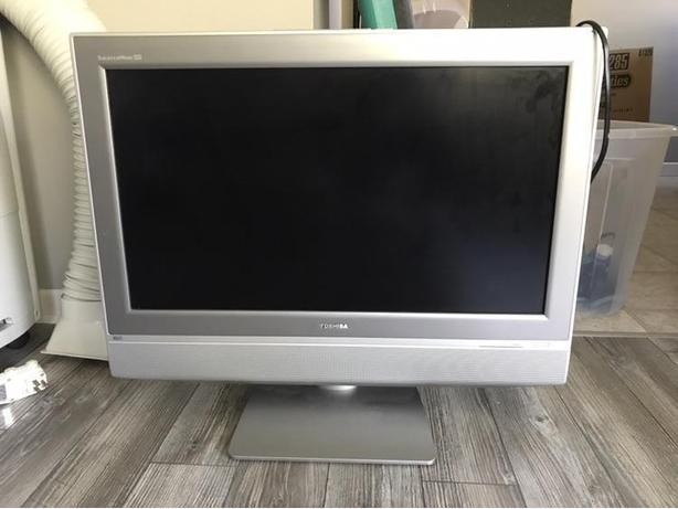 "Toshiba 27"" HD TV"