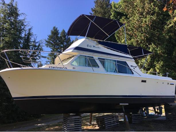 REDUCED PRICE ON RARE FIND 26' TWIN ENGINE TOLLYCRAFT