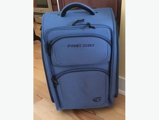 2 Point Zero Carryon Roller Luggage/Bags/Suitcases