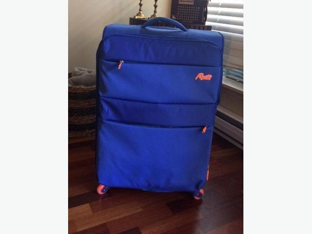 Rosetti suitcase