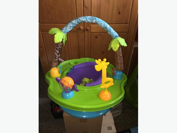 kidapotamus booster / play chair