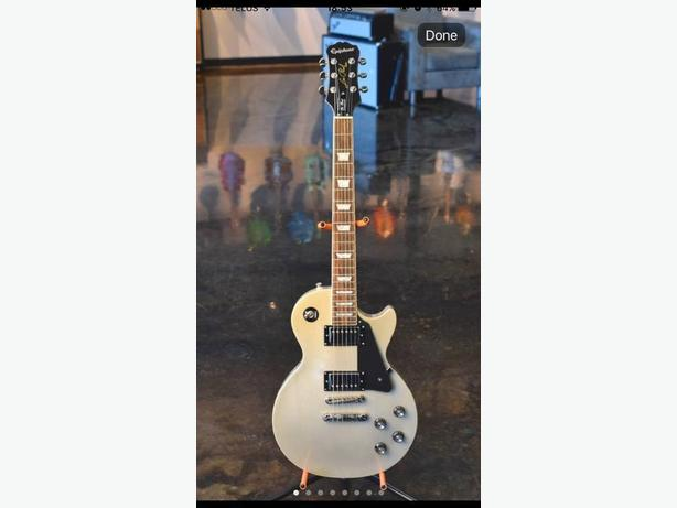 Limited Edition Epiphone Les Paul Standard (TV Silver) Electric Guitar