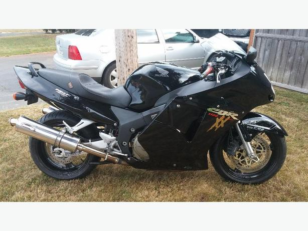 2000 CBR1100XX Super Blackbird