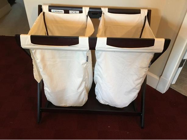 Uppababy bassinet stand and laudry hamper