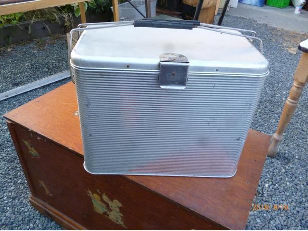 vintage cooler