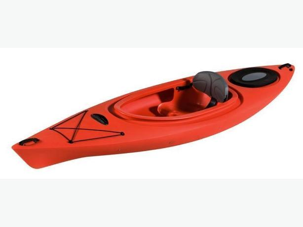 12 Foot  Kayak in great  shape with paddles