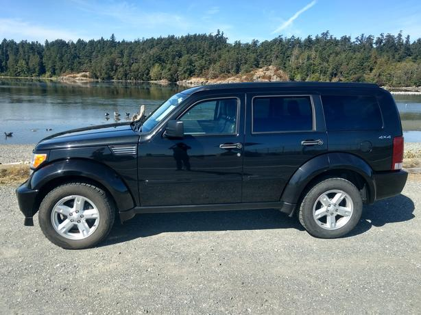 2010 Dodge Nitro 4x *Price Reduced* - Great Condition