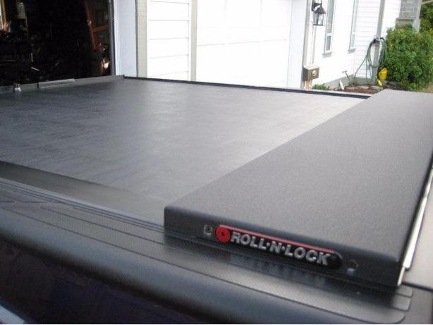 WANTED: tonneau cover for 2004 - 2006 Tundra Double Cab