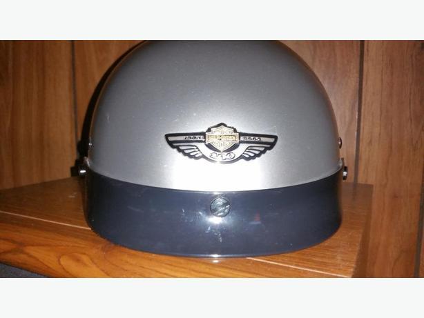 Harley-Davidson 2003 Anniversary Model Half-Helmet size Medium Nanaimo