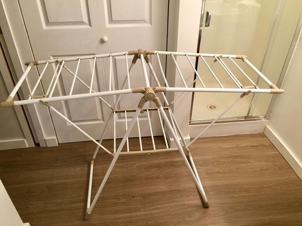 Small Deluxe Clothes Dryer