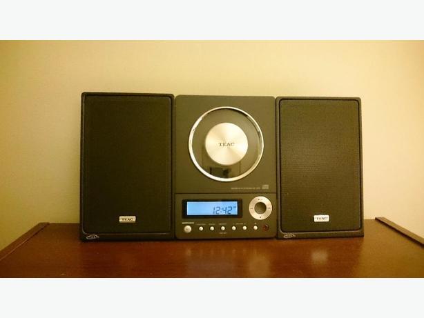 Teac CD-X10i Ultra-Thin HiFi Stereo