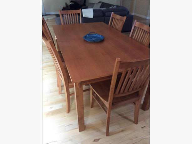 Solid wood Harvest dining table