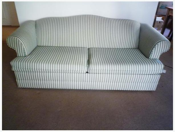 SIMMONS BEAUTYSLEEP  SOFA BED --  MOVING MUST SELL