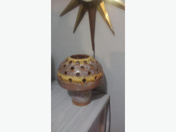 Vintage Mid Century Mushroom Lamp