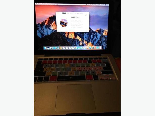 Macbook pro 2010 core 2 duo 8 GB of ram 120 GB SSD