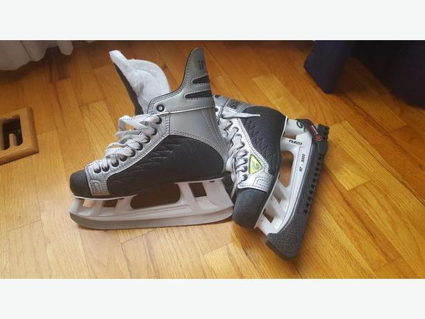 Graf Skates-Jr size 5.5