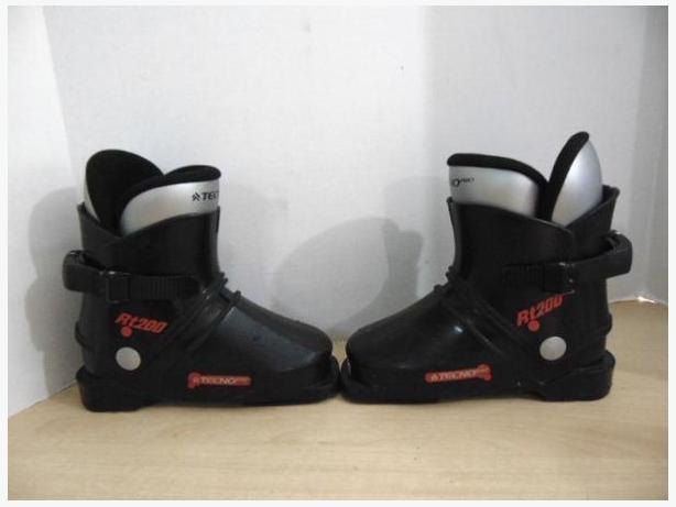 Ski Boots Mondo Size 18.5 Child Size 11-12 Tecno Pro RT 200