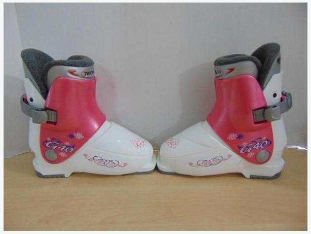 Ski Boots Mondo Size 18.5 Child Size 13 Tecno C40