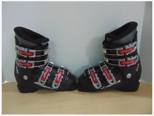 Ski Boots Mondo Size 19.0 Child Size 13 Nordica GPTJ