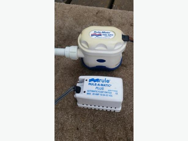 RULE 500 GPH BILGE PUMP  With Auto Switch