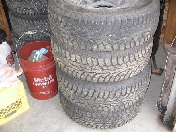 2002 Tracker Winter Tires