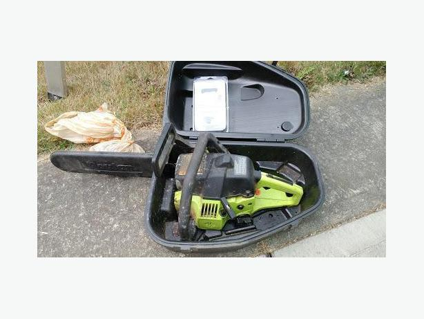 Poulin Chainsaw