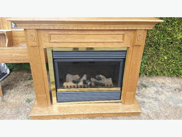 FREE: working electric fireplace