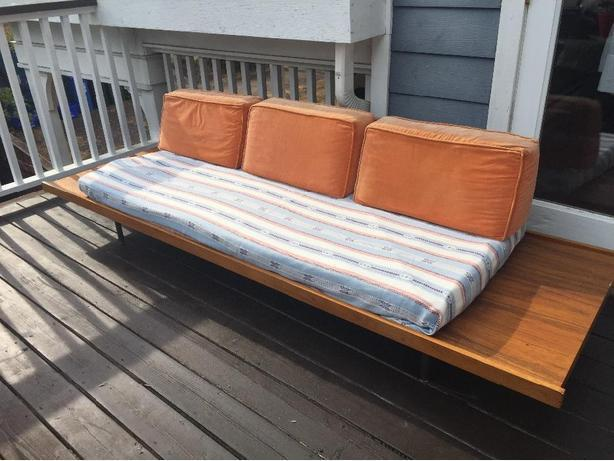 Mid Century Modern Daybed/Couch