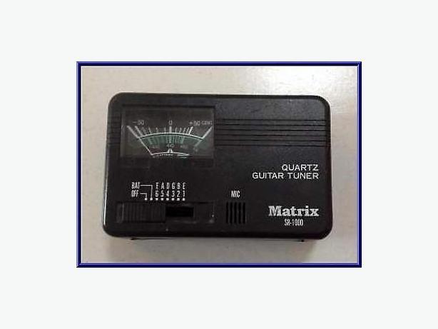 Matrix SR1000 Quarts Tuner Tuner, like new condition