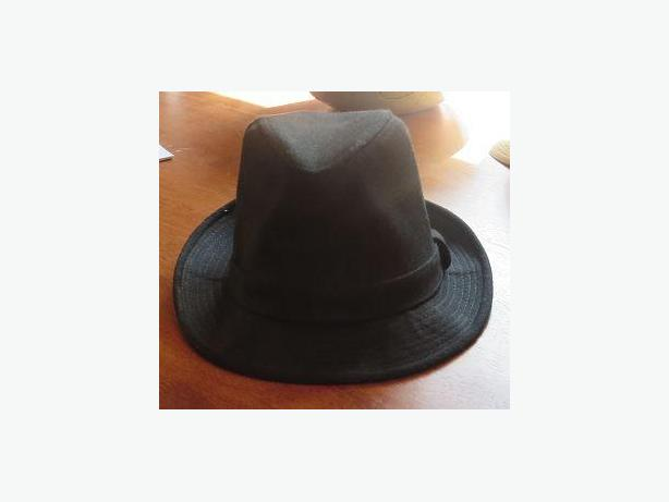 GERMAN STYLE BLACK WOOL HAT