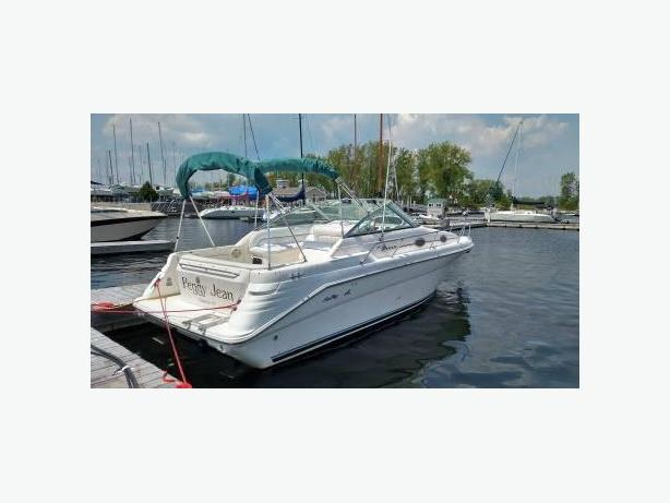 Sea Ray Sundancer 270 (1996)