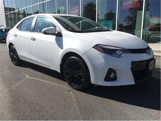 2015 Toyota Corolla S  One Owner Local Victoria