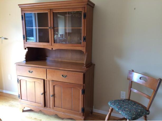 Hutch And Dining Table Set