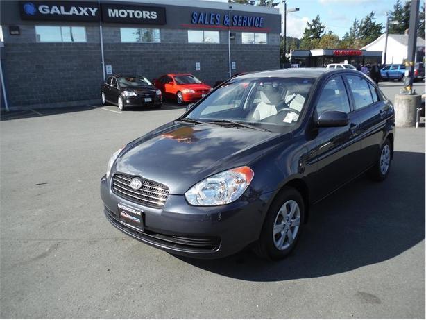 2010 Hyundai Accent GL - Auxilary Input
