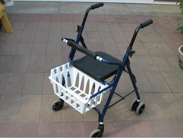 LIGHT WEIGHT ABILITY PARTNERS INDOOR ROLLATOR WALKER FOR SALE