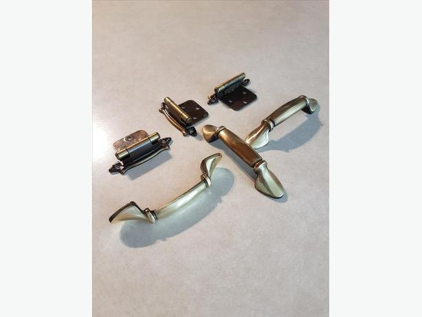 Cabinet Hardware (50 door pulls and up to 50 hinges)
