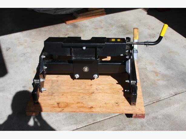 Demco Hijacker 5th wheel hitch