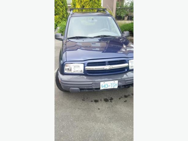 4X4 CHEVY TRACKER FOR SALE