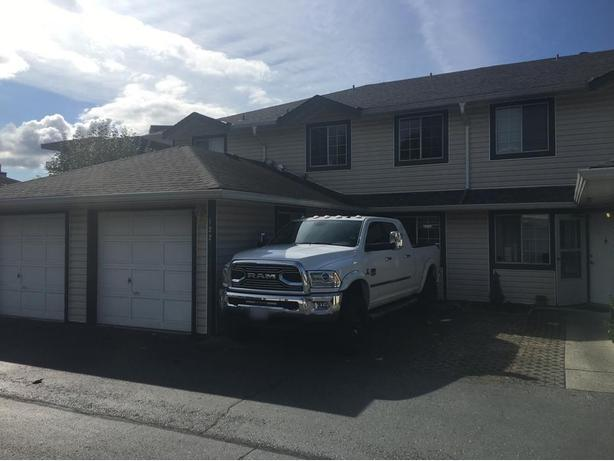 3 bedroom townhouse in Langley