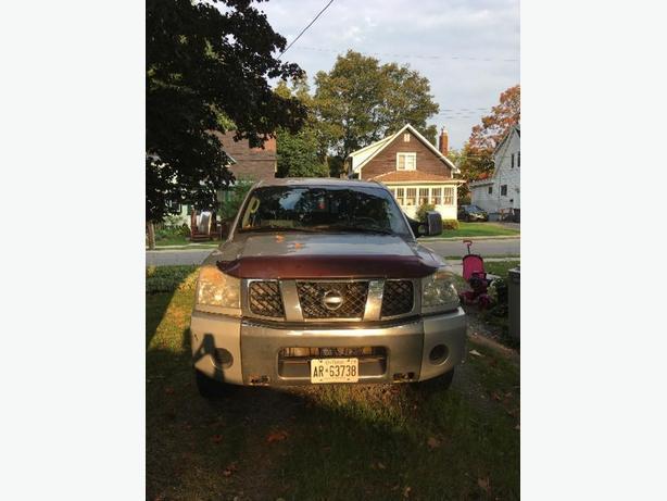 2004 Nissan Titan Pickup Truck