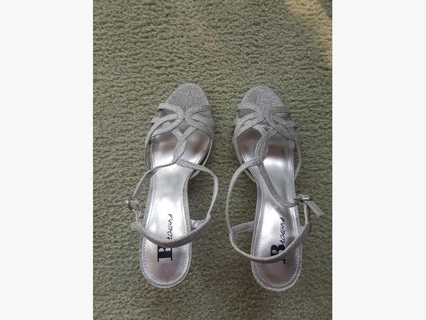 Shoes- Size 6 (Women)- bought at Brown's