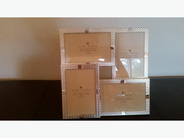 **AMAZING OFFER**Picture Frame-4 rectangular attached frames