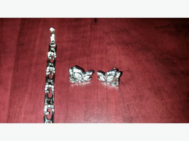 Butterfly earrings and bracelet set