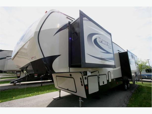 2018 KEYSTONE RV LAREDO 325RL