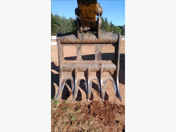 Excavator Root Rake