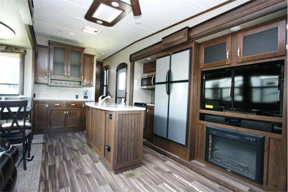 2018 Keystone Rv Montana High Country 305rl Outside South