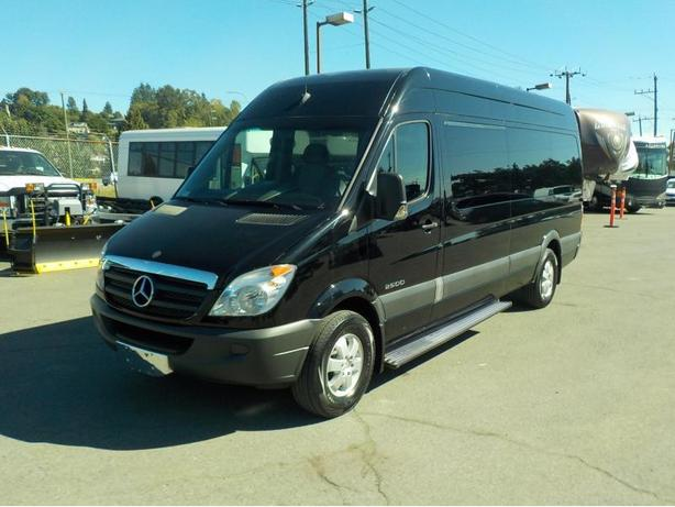2008 Dodge Sprinter Van High Roof 2500 170-in. WB 12 Passenger Van Diesel
