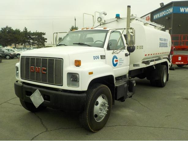 2000 GMC C7500 Fuel Tanker Dually Diesel