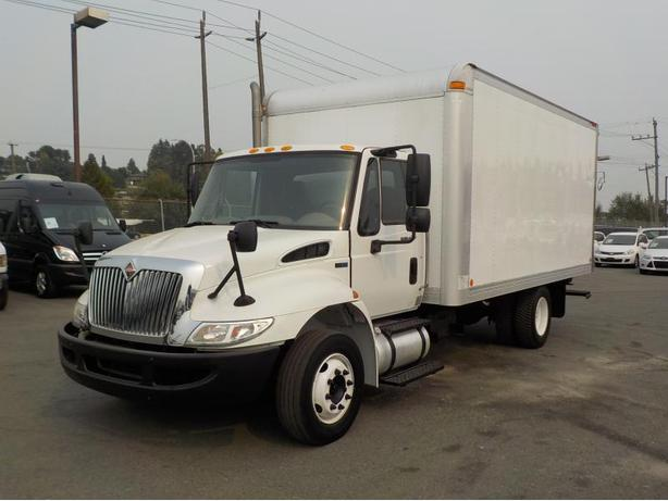 2011 International 4300 Durastar 16 Foot Diesel Dually Cube Van