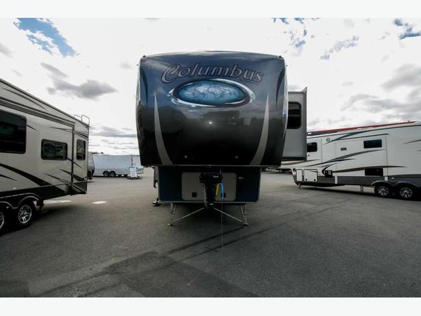 2014 Palamino Columbus 320RS Stock # 17113X